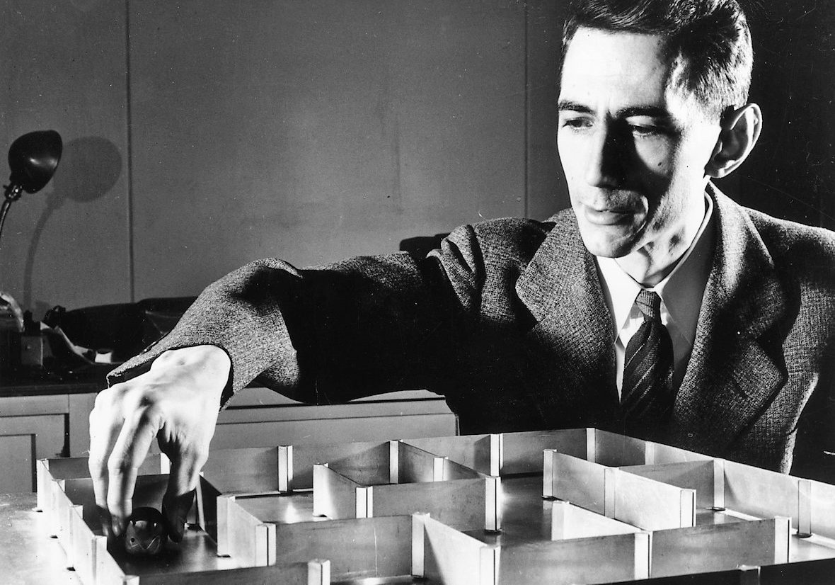 10th May 1952:  Dr Claude E Shannon a mathematician at the Bell Telephone Laboratories with an electronic mouse which has a 'super' memory and can learn its way round a maze without a mistake after only one 'training' run.  (Photo by Keystone/Getty Images)